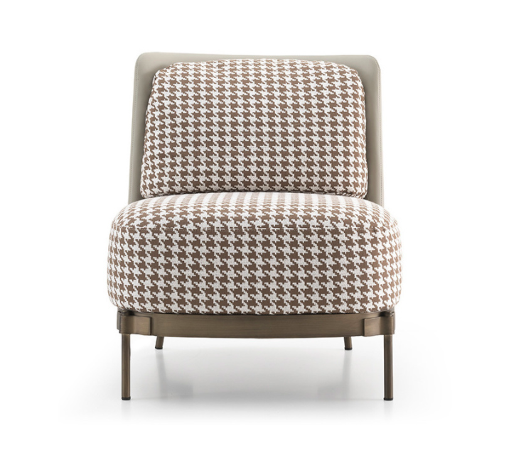 ARMCHAIR-MULBERRY